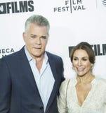 Излучайте Liotta и Silvia Lombardo на премьере фестиваля фильмов Tribeca влюбленности `, ` Gilda Стоковая Фотография RF