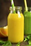 2 изменения smoothies фрукта и овоща Стоковые Фотографии RF