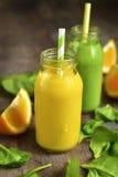 2 изменения smoothies фрукта и овоща Стоковая Фотография
