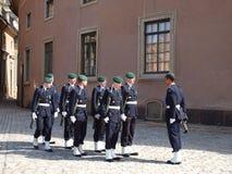 Изменять предохранителя на королевском дворце Швеции Стоковая Фотография