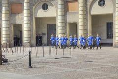 Изменять предохранителя около королевского дворца Швеция Стокгольм Стоковые Изображения