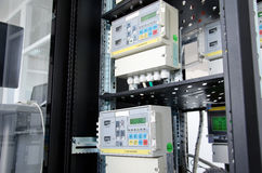 Измеритель прокачки газа цифров, установленный в шкафе Стоковые Фотографии RF