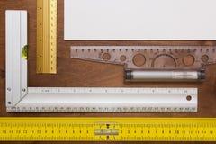 Измеряя инженер инструментов Стоковые Фотографии RF