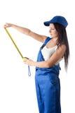 измеряя прозодежды связывают детенышей тесьмой женщины Стоковая Фотография RF