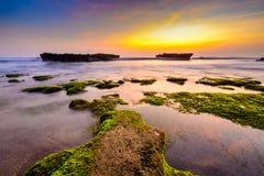 Изображение ландшафта пляжа на заходе солнца Стоковые Фотографии RF