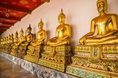 изображение Будды золотистое стоковые фото