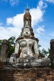 Изображение Будды на Wat Trapang Ngoen в парке Sukhothai историческом Стоковые Изображения RF