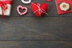 Изображение взгляда столешницы воздушное дня ` s валентинки украшения стоковые изображения