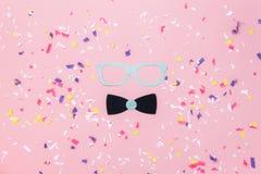 Изображение взгляда столешницы воздушное красивых упорок будочки маски или фото масленицы Стоковая Фотография RF