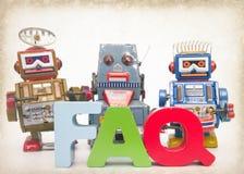 Изображение вопросы и ответы тонизированное роботами Стоковое фото RF