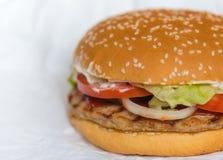 изображение гамбургера с свежими овощами Стоковое Изображение
