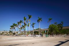 Изображение городской Майами запаса на бульваре Biscayne и Str Flagler Стоковая Фотография