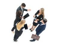 Изображение деловых партнеров обсуждая документы и идеи на mee Стоковое Изображение