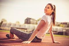Изображение женщины спорта на периоде отдыха Стоковая Фотография RF