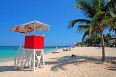 Изображение запаса пляжного клуба Выдалбливать доктора, Montego Bay, ямайки Стоковое Изображение