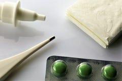 Изображение концепции медицины, гриппа, пилюлек, здоровья стоковая фотография rf