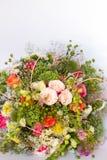 Изображение красивого красочного букета свежих цветков Стоковые Фотографии RF