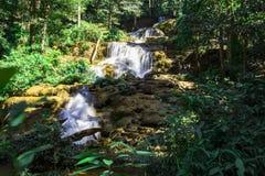 Изображение красивых водопадов в Таиланде Стоковые Фото