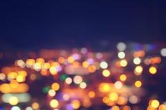 Изображение красочных запачканных defocused светов bokeh концепция движения и ночной жизни Стоковые Фото