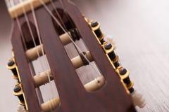 Изображение крупного плана fingerboard гитары Стоковые Изображения RF