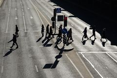 Изображение людей на улице стоковое изображение