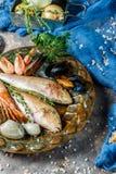Изображение морепродуктов на плите Стоковое фото RF