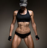 Изображение мышечной молодой спортсменки Стоковое фото RF