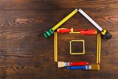 Изображение дома на деревянной доске Стоковая Фотография