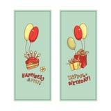 Изображение открытки подарочных коробок, торта с свечами, воздушных шаров и желаний литерности Стоковые Фотографии RF