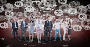 Изображение произведенное цифров бизнесменов стоя при шестерни летая в предпосылку Стоковое Изображение RF