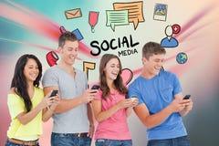Изображение произведенное цифров друзей используя умный телефон при различные значки летая в здании Стоковая Фотография