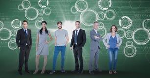 Изображение произведенное цифров уверенно бизнесменов с графиками техника в предпосылке Стоковые Фотографии RF