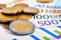изображение схематического евро монеток кредиток финансовохозяйственное Стоковое Фото