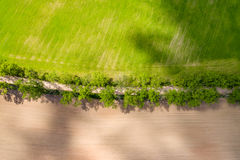 изображение трутня вид с воздуха сельского района с полями Стоковое Изображение RF