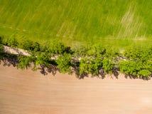 изображение трутня вид с воздуха сельского района с полями Стоковые Фото