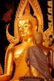 Изображение Phra Phuttha Chinnarat Будды на виске Wat Phra Si Rattana Mahathat в Phitsanulok, Таиланде Стоковое Изображение