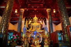 Изображение Phra Phuttha Chinnasi Будды на виске Wat Phra Si Rattana Mahathat в Phitsanulok Стоковое Изображение