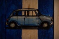 Изображения автомобилей прикрепленных в стену стоковые изображения rf