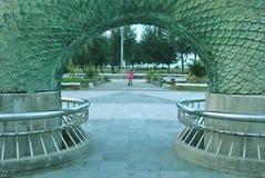 изображения дракона предпосылки небо памятника яркого более большое Стоковое Изображение RF