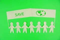 изображения экологичности принципиальной схемы еще многие мое портфолио люди бумаги держа знамена за исключением планеты стоковое изображение rf