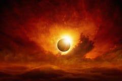 изображения f16 затмения диска одуванчика апертуры vignetting солнца близкого угловойого естественный сильный Стоковое Изображение