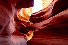 Изогнутые образования песчаника на каньоне антилопы стоковые изображения rf