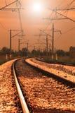 изогнутый заход солнца железной дороги Стоковая Фотография