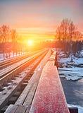 изогнутый заход солнца железной дороги Стоковое Изображение