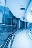 изогнутый корридор стоковое изображение