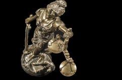 изолированная белизна статуи силуэта правосудия Стоковое Изображение RF