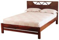 изолированная кровать Стоковые Фотографии RF