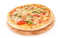 Изолированная пицца Стоковая Фотография