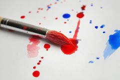 изолированная щеткой белизна краски стоковое изображение rf