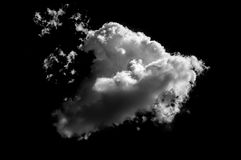 Изолированные белые облака на черной предпосылке Стоковые Изображения RF